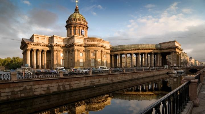 Тур в Санкт-Петербург.